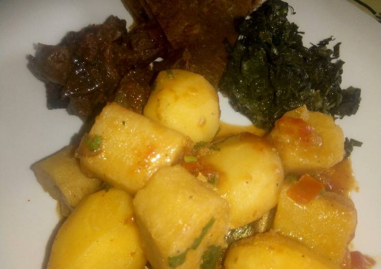 Choosing The Right Foods Can Help You Stay Fit And Also Healthy Potato and matoke stew