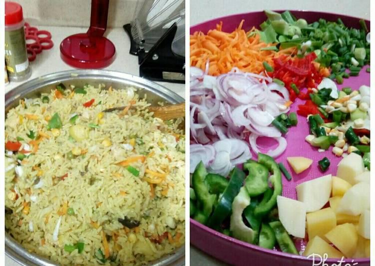25 Minute Recipe of Homemade Nigerian fried Rice