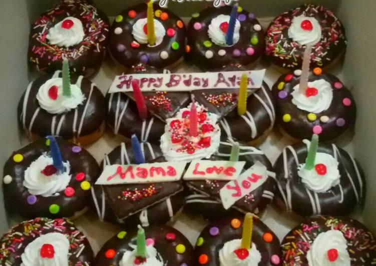 donat pengganti kue ulang tahun
