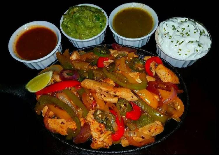 Recipe: Appetizing Mike's Chicken Fajitas