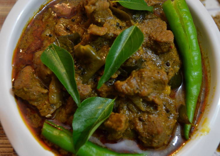 Beef Curry (Kerala Thattukada Style)