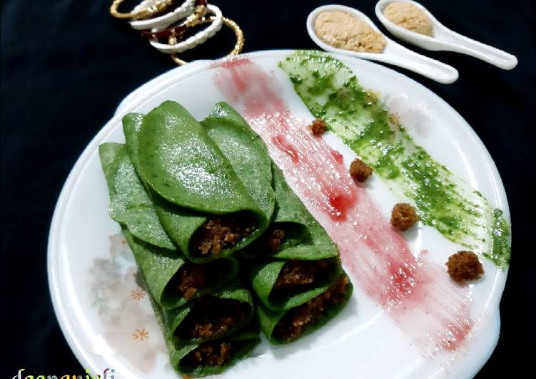 Recipe of Quick Spinach Patishapta Crepe/Pancake with khoya Coconut filling