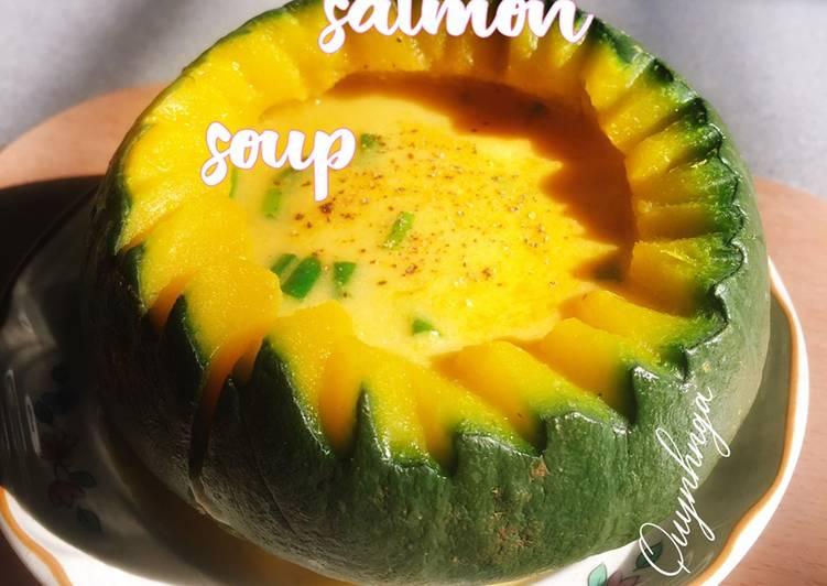 Soup cá hồi bí đỏ(pumpkin salmon soup)