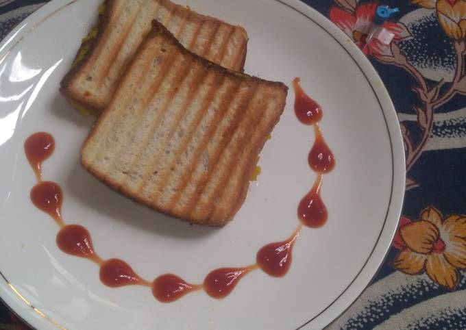 Masala Aloo Grilled Toast