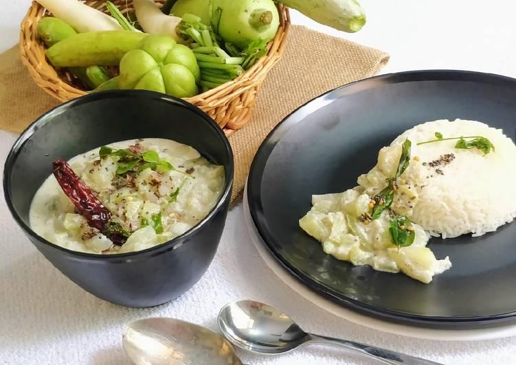 Mixed Summer Vegetable Paal(Milk) Kootu