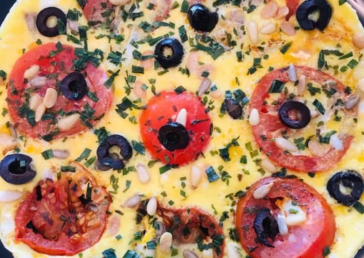 Omelette aux Tomates et Olives noires