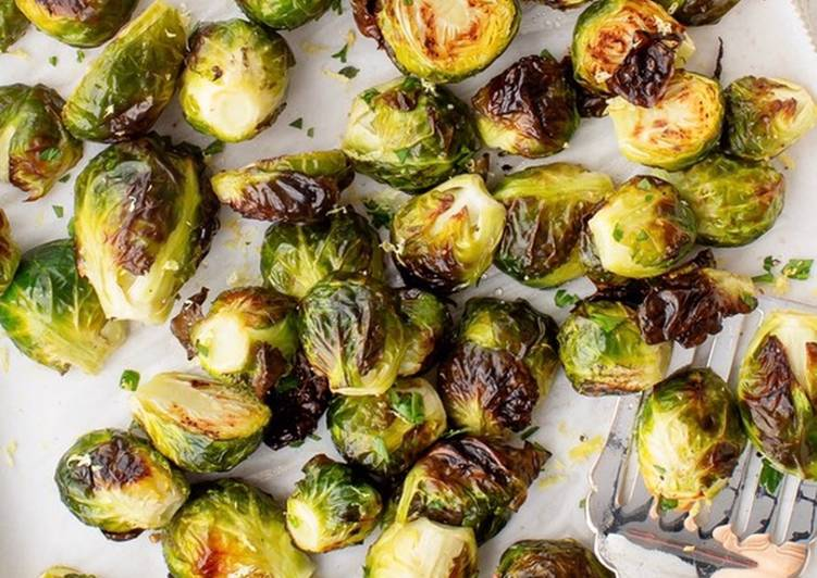 How to Prepare Perfect Roasted Brussels Sprout with Corn Cashews and cranberries