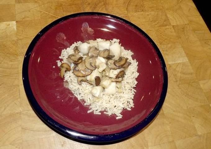 Sauteed Mushrooms and Scallops