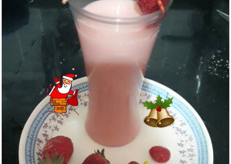 Simple Way to Make Speedy Strawberry & Apple juice