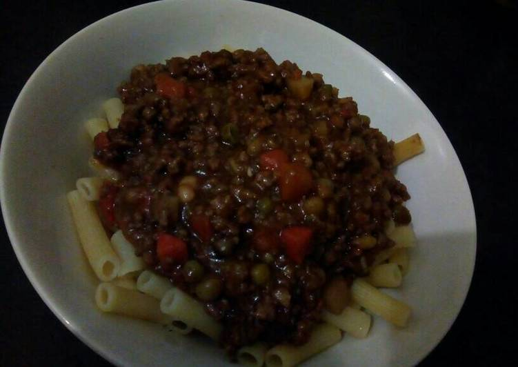 Macaroni and Beef Mince