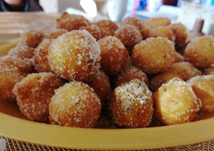 Ricetta Castagnole all'anice e granella di pistacchi