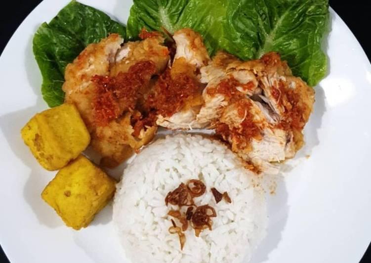 Nasi Ayam Geprek Sambel terasi