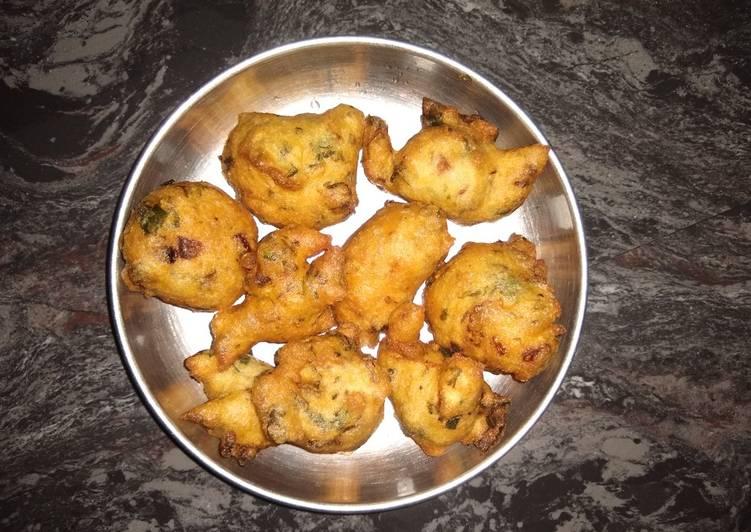 Dinner Ideas for Every Craving Uddina bonda/ urad dal fitters