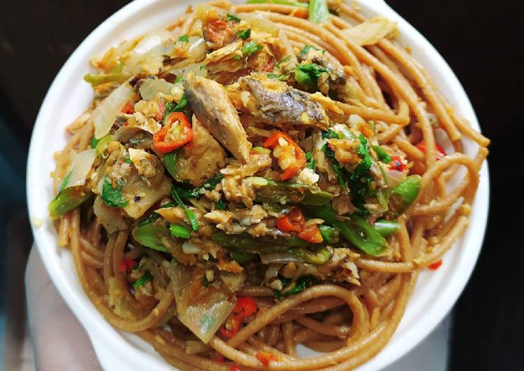 Spaghetti Aglio Olio Bandeng Tanpa Minyak (diet)