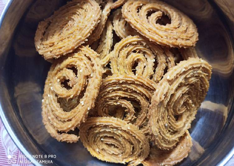 Wheat flour chakri