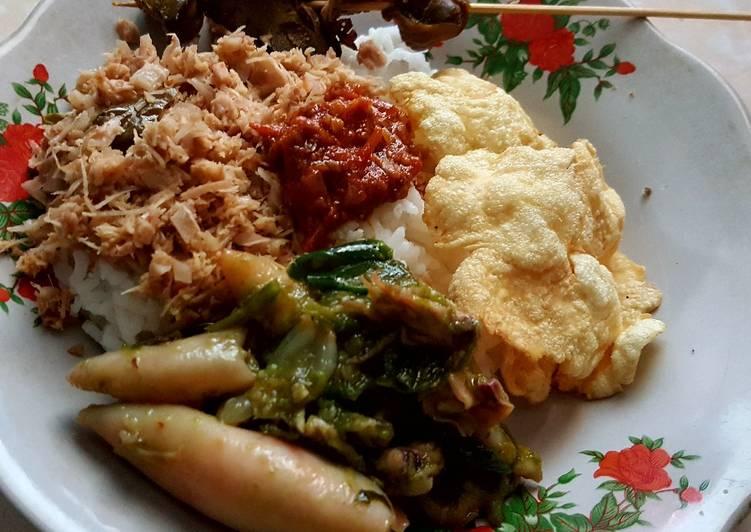 Nasi megono khas pekalongan