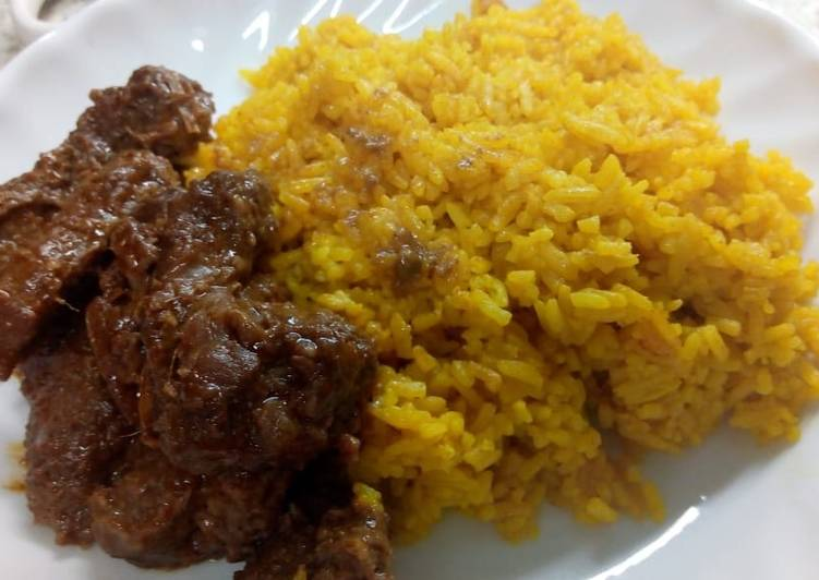 Recipe: Appetizing Indonesian Rendang and Yellow Rice