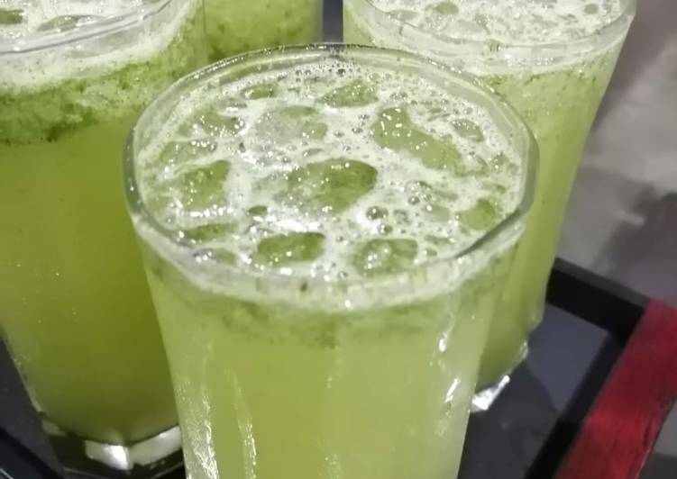 Simple Way to Make Perfect Mint lemonade