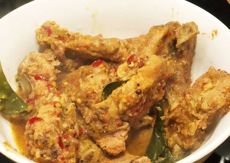 Easiest Way to Cook Yummy Pork Rib in Thai Curry