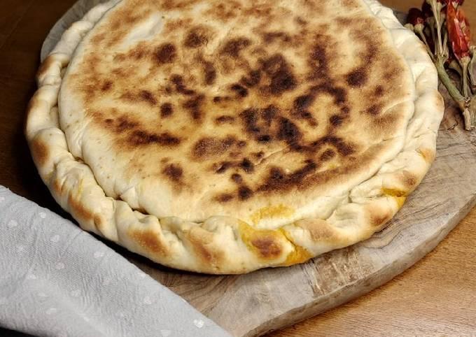 Focaccia in padella alla parmigiana