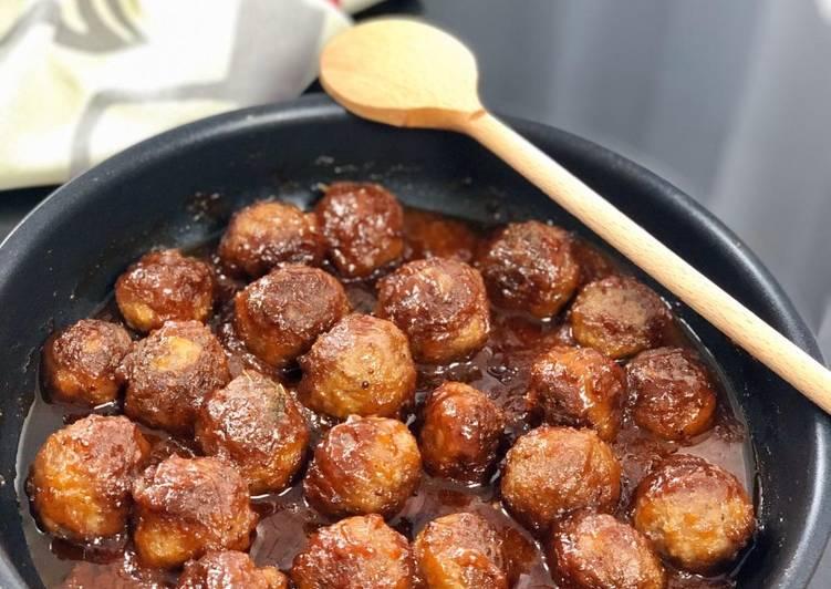 Boulettes de viande en sauce aigre-douce
