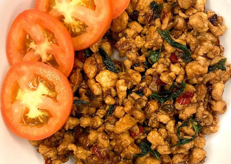 Ayam Daun Selasih (Pad Krapow) - velavinkabakery.com