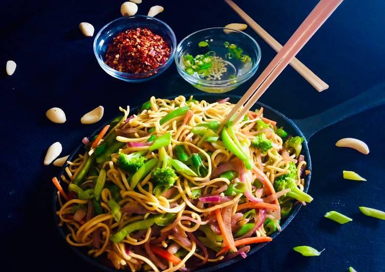 Recipe: Tasty Veg Hakka Noodles