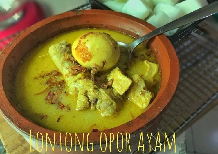 Lontong Opor Ayam