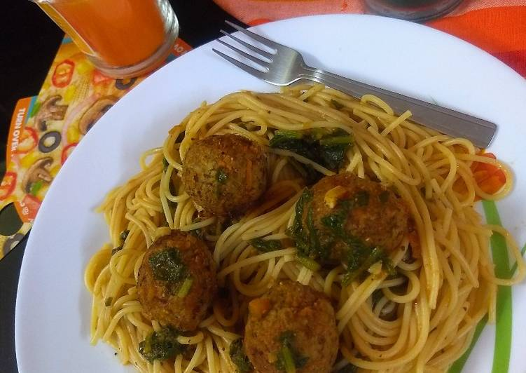 25 Minute Recipe of Favorite Spaghetti with meatless meatballs