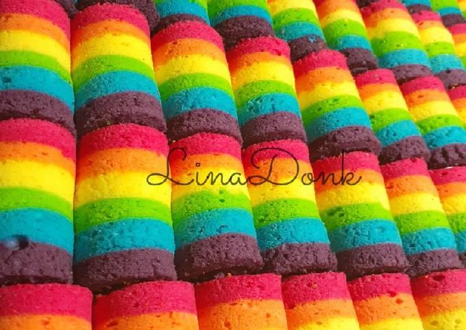 Bagaimana Menyiapkan Mini Roll Cake Rainbow, Lezat