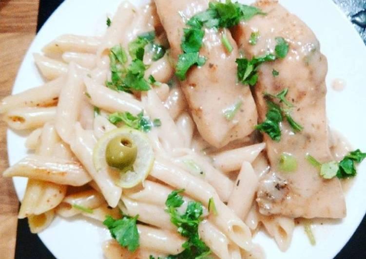 White sauce salmon and pasta