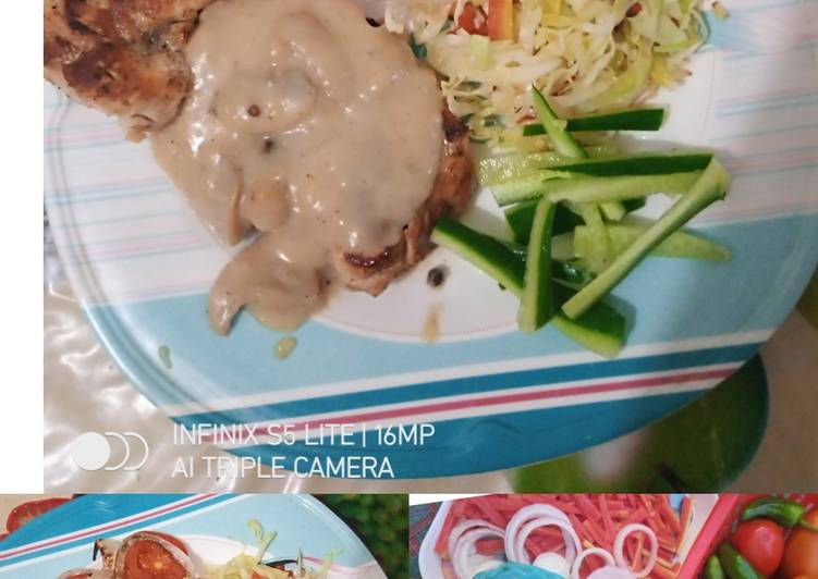Everyday of Chicken Steak with Mushroom Olive Sauce