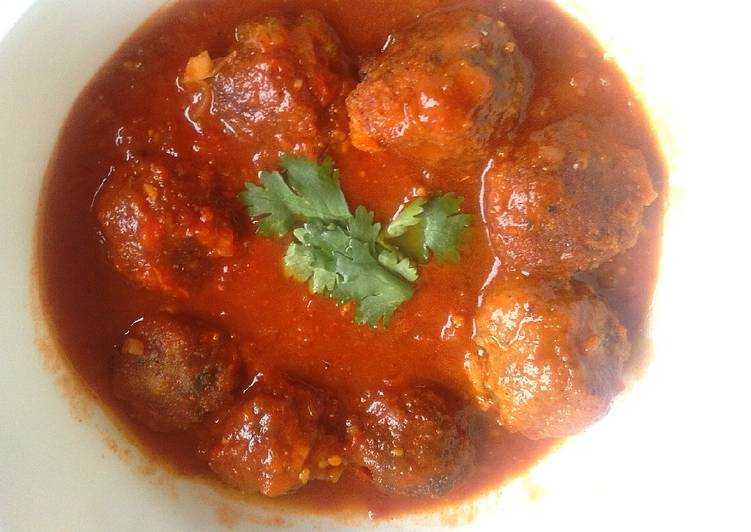 Meat balls in sauce