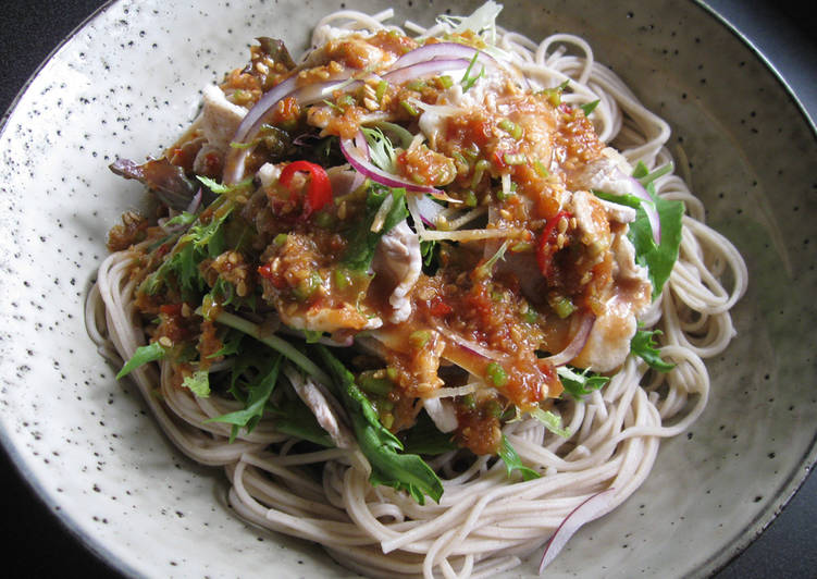 25 Minute Step-by-Step Guide to Prepare Homemade Soba & Pork Salad with Spicy Sauce