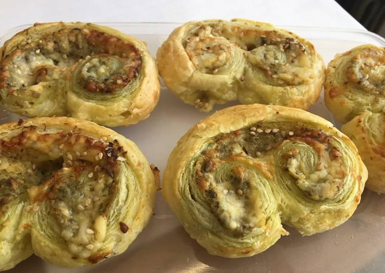Recipe of Most Popular Cheesy pesto puffs