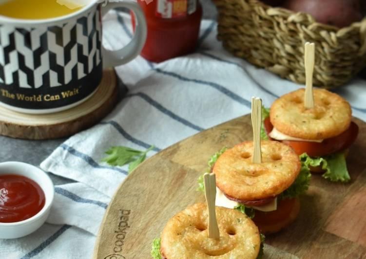 Smiley Potato PLT Mini Sandwiches