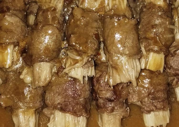 Enoki mushrooms beef rolls with satay sauce