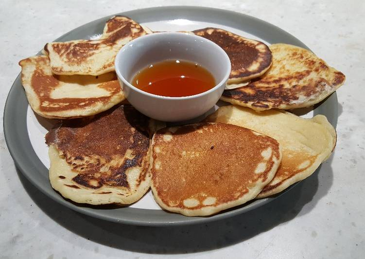 Scotch Pancakes with Warm Maple Syrup