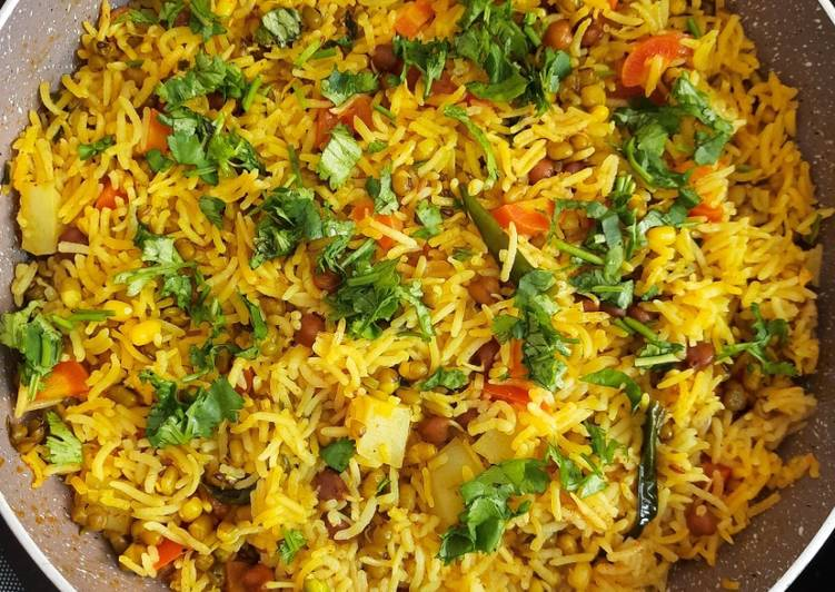 Foods That Can Make You Happy Sprouts pulao