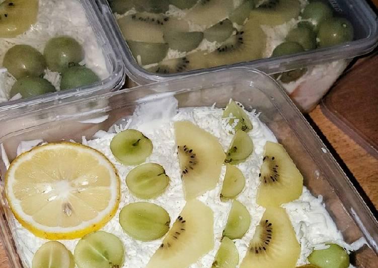 Salad buah premium (tanpa mayones)