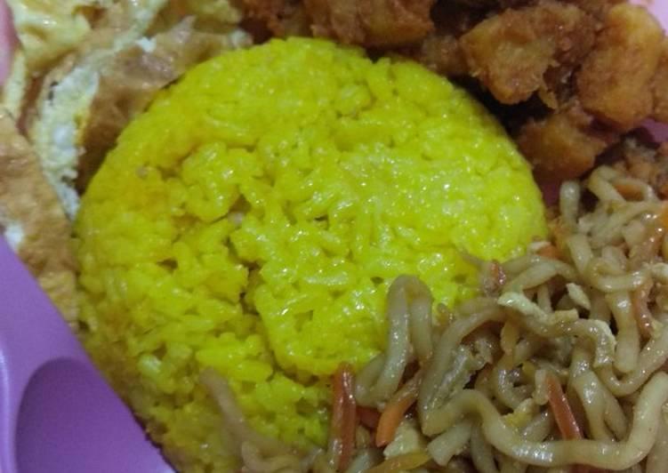 Nasi Kuning Praktis masak pakai Magicom