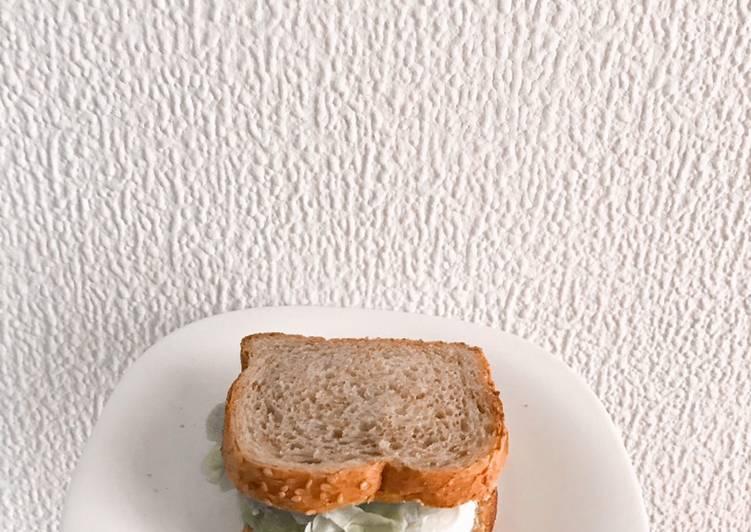 Sándwich de aguacate