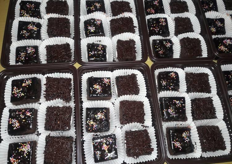 Resep Brownies Kukus Potong Oleh Ema Afreliana Cookpad