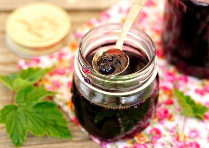Сок из черной смородины на зиму - простой пошаговый рецепт ...