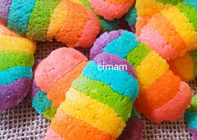 Rainbow Cat Tounge