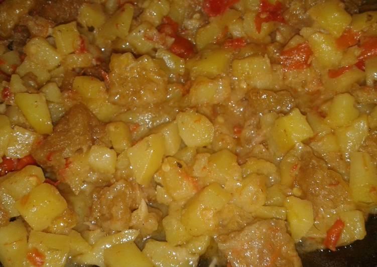 Sambal goreng krecek kentang