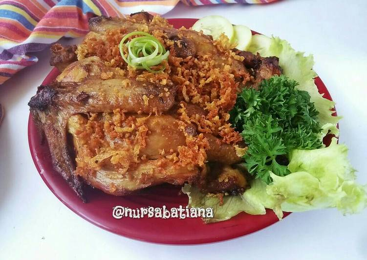 Ayam Goreng Kremes a la Mbok Berek
