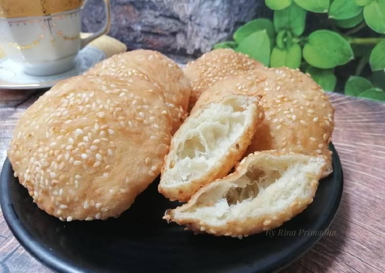 Kue Bohong / Roti Kosong / Roti Bantal / Odading