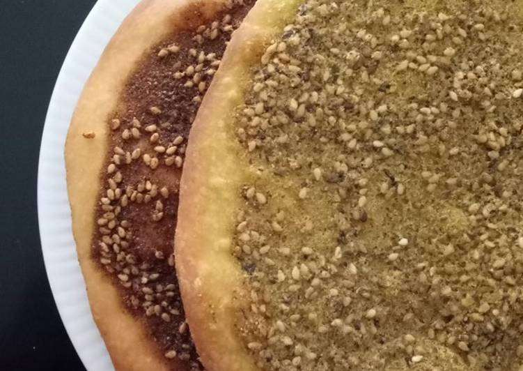 Recipe: Delicious Lebanese Thyme Pizza (Man'us Zaatar) *Vegan