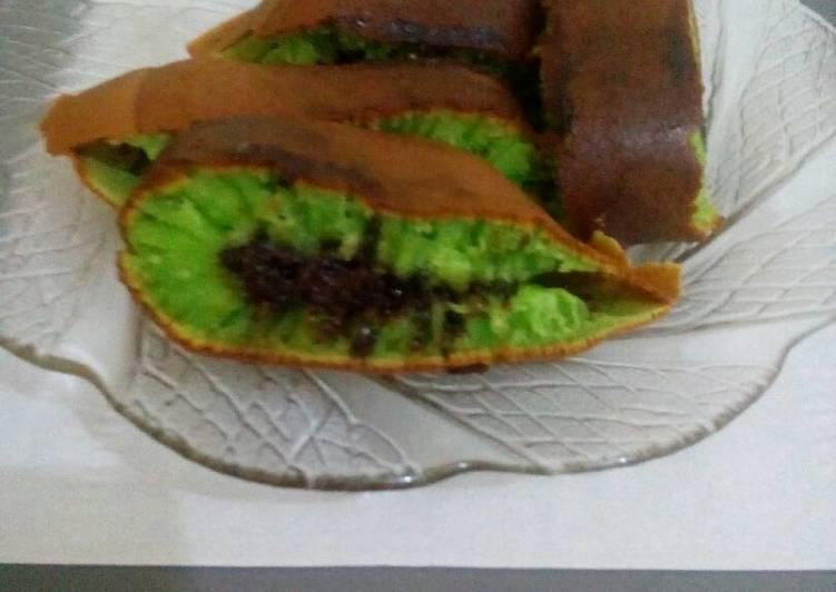 Martabak Manis Pandan Coklat Teflon